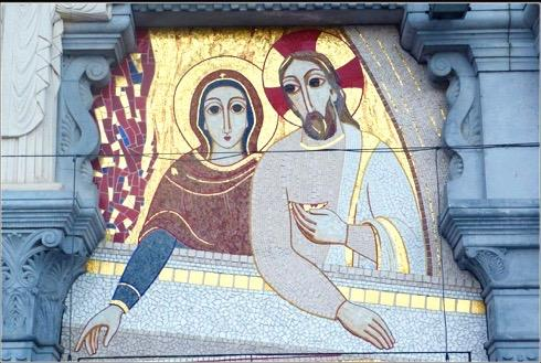 A Lourdes avec Marie et Bernadette !